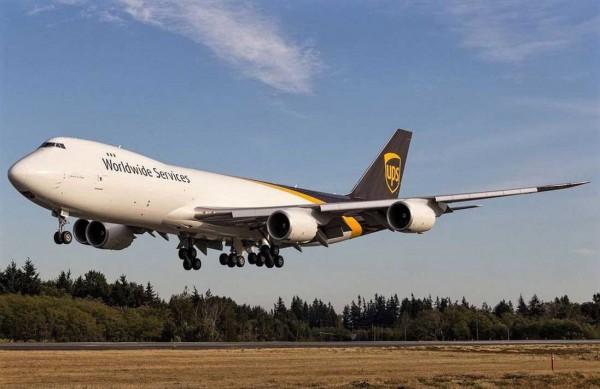 Revell 03912 - Boeing 747-8F UPS Modell