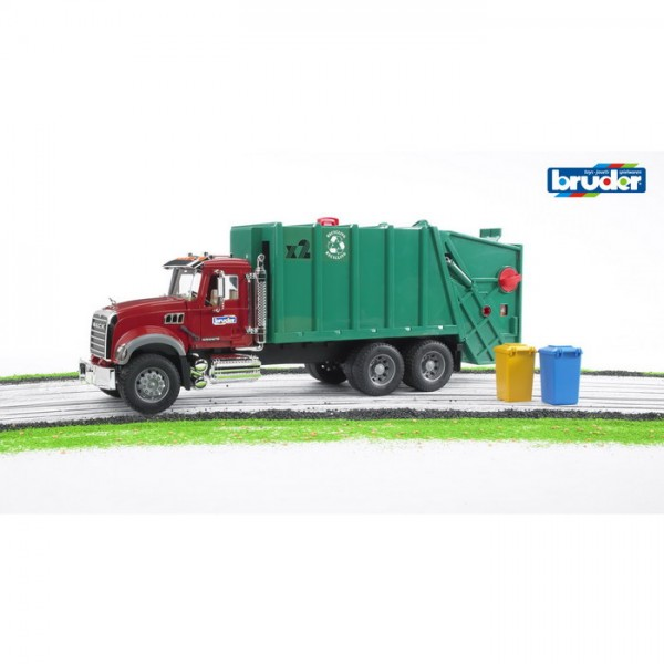 BRUDER 02812 - MACK Granite Müll LKW